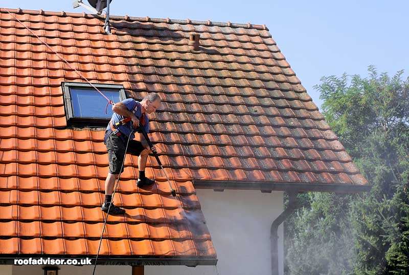 How Much Does Roof Cleaning Cost In The Uk